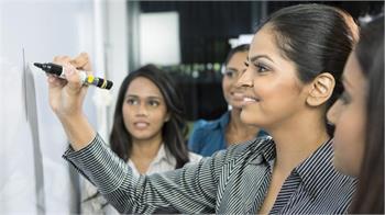 ۱۰ ویژگی زنان موفق در عرصه تجارت