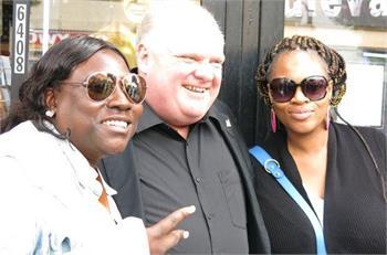 Mayor Rob Ford gets celebrity treatment on Hollywood Boulevard